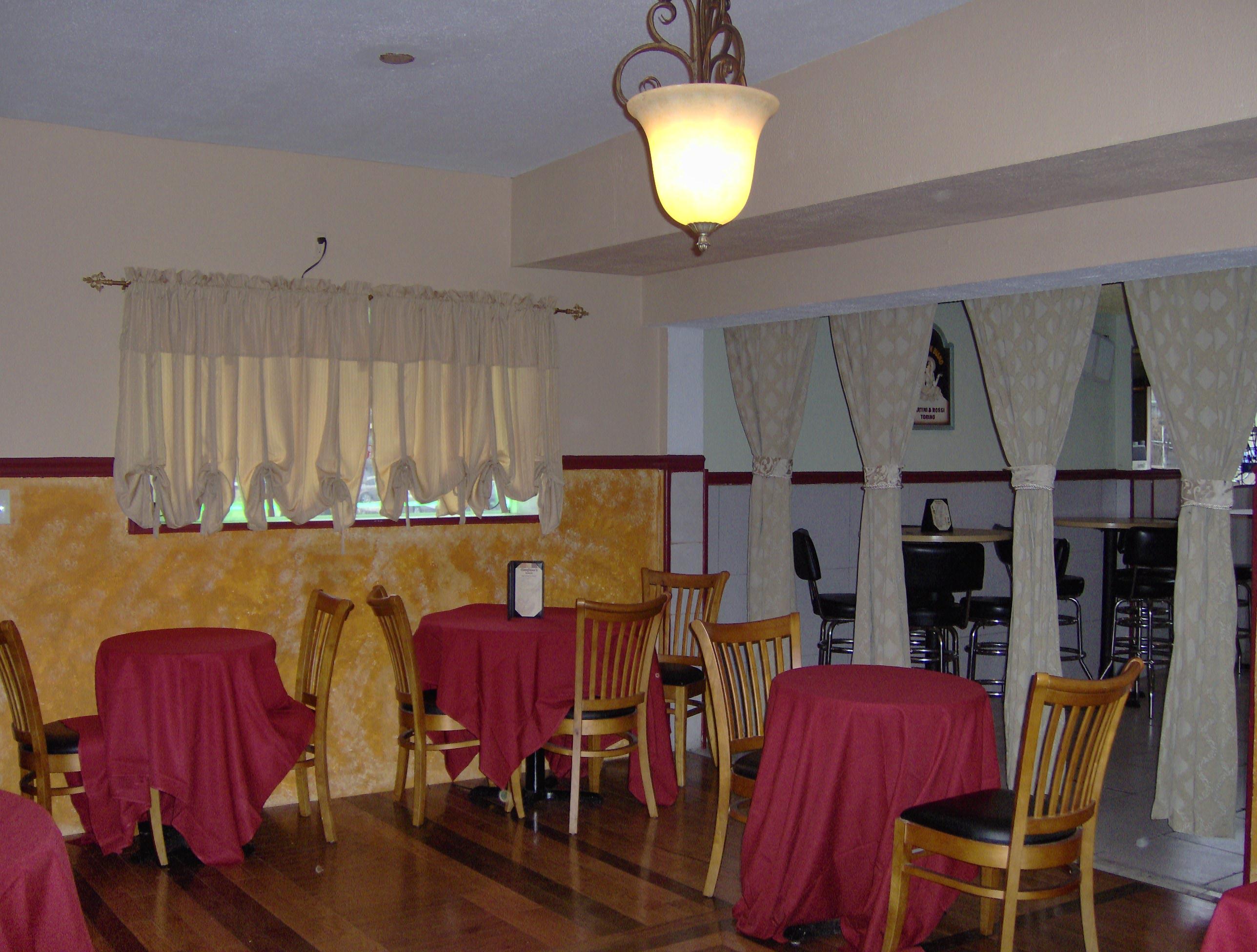 Cianfano's Bar